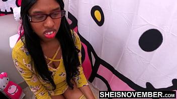 Молодая женщина катарина мути предпочитает секс во все узенькие вульвы